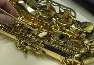 Cambiar zapatillas saxofon 3